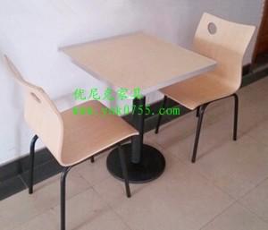 分体快餐桌椅图片 活动脚快餐桌椅哪里有卖的
