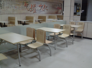 经典款快餐桌椅厂家直销 款式颜色均可自由选择 保修两年