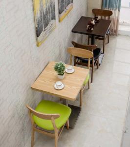 品牌快餐桌椅 餐厅桌椅量身定制工厂价出售!